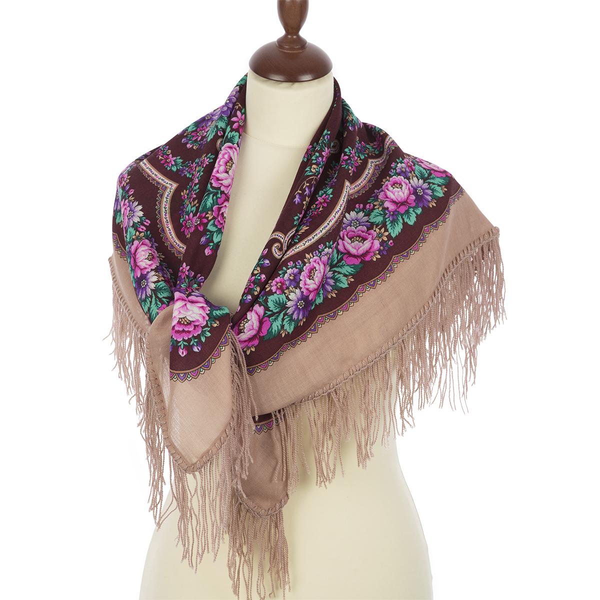 Foulard à motifs traditionnels avec des roses fabrication artisanale 100%  laine -Frange en laine 9db95f55855